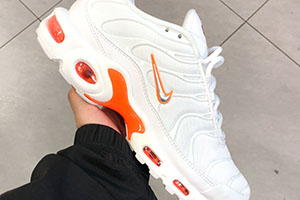 timeless design 8f32a ff183 Nike Air Max Plus White Orange – crepsource